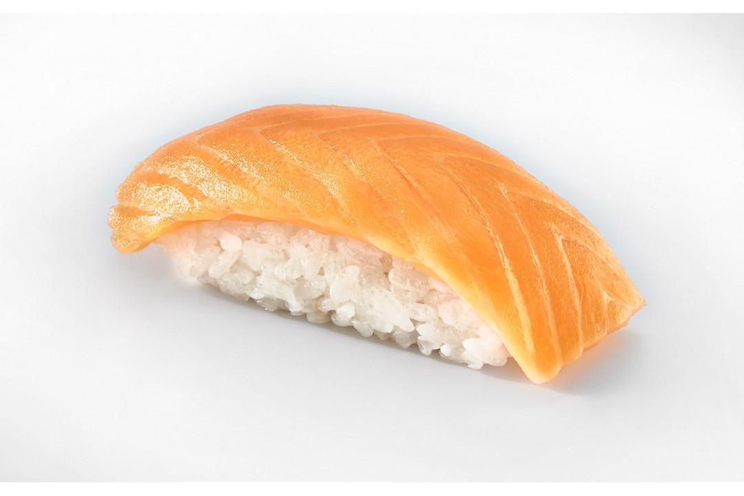 Суши с Лососем 40 гр